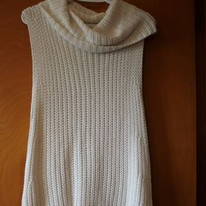 GORGEOUS CREAM SWEATER WEAR DIFF. WAYS SLEEVELESS
